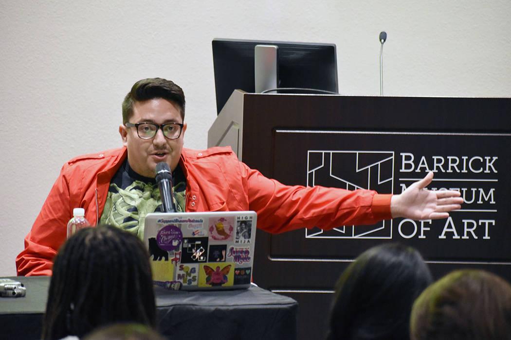 """Justin Favela """"Favyfax"""", es un reconocido artista local. Miércoles 5 de junio de 2019 en e ..."""