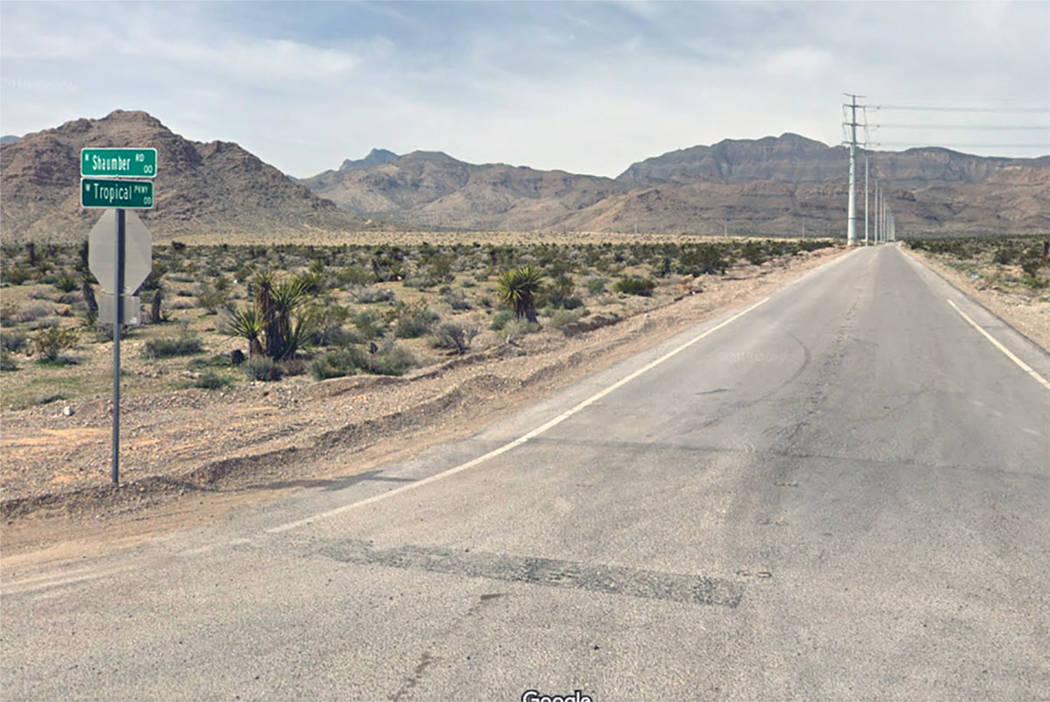 Intersección de Shaumber Road y Tropical Parkway en el noroeste de Las Vegas. (Google)