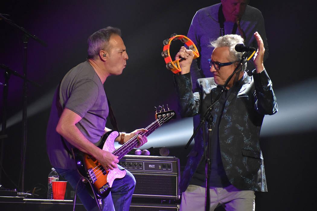 La gira arrancó el 7 de junio en Las Vegas, las agrupaciones no solo comparten el OVERSET FOLL ...