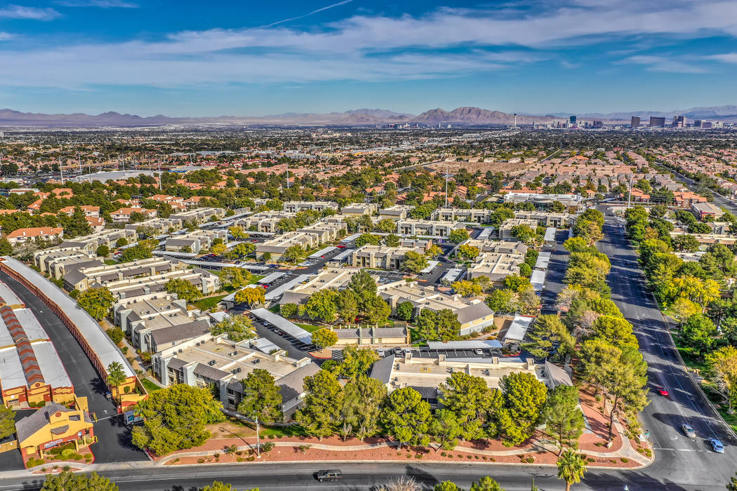 TruAmerica Multifamily dijo que compró el complejo de apartamentos de Las Vegas Allanza at the ...