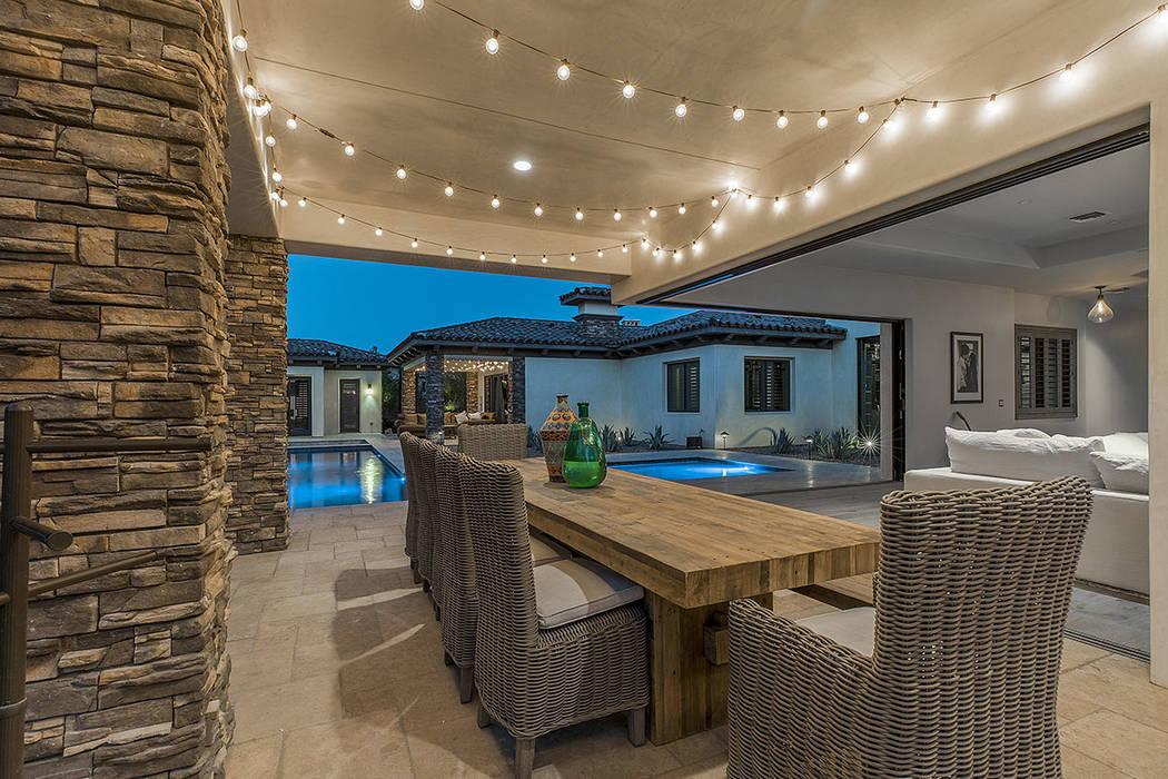 Un patio al aire libre. (Grupo Ivan Sher)