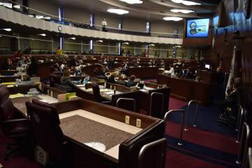 Archivo.- Miembros de la Legislatura de Nevada aprobaron las nuevas leyes que entrarán en vigo ...