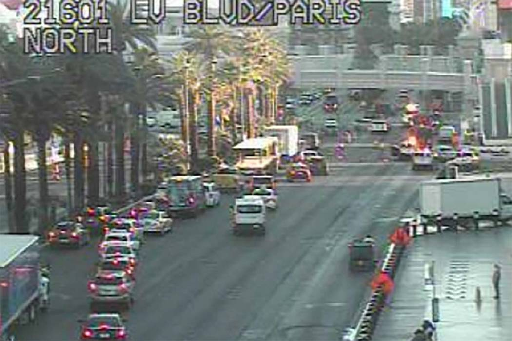 Cuatro vehículos estuvieron involucrados en un choque temprano en la mañana en el Strip de La ...