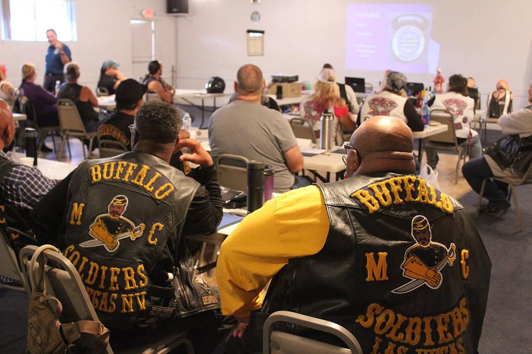 Se recomienda a los motociclistas saber de primeros auxilios y leyes que involucran su medio de ...