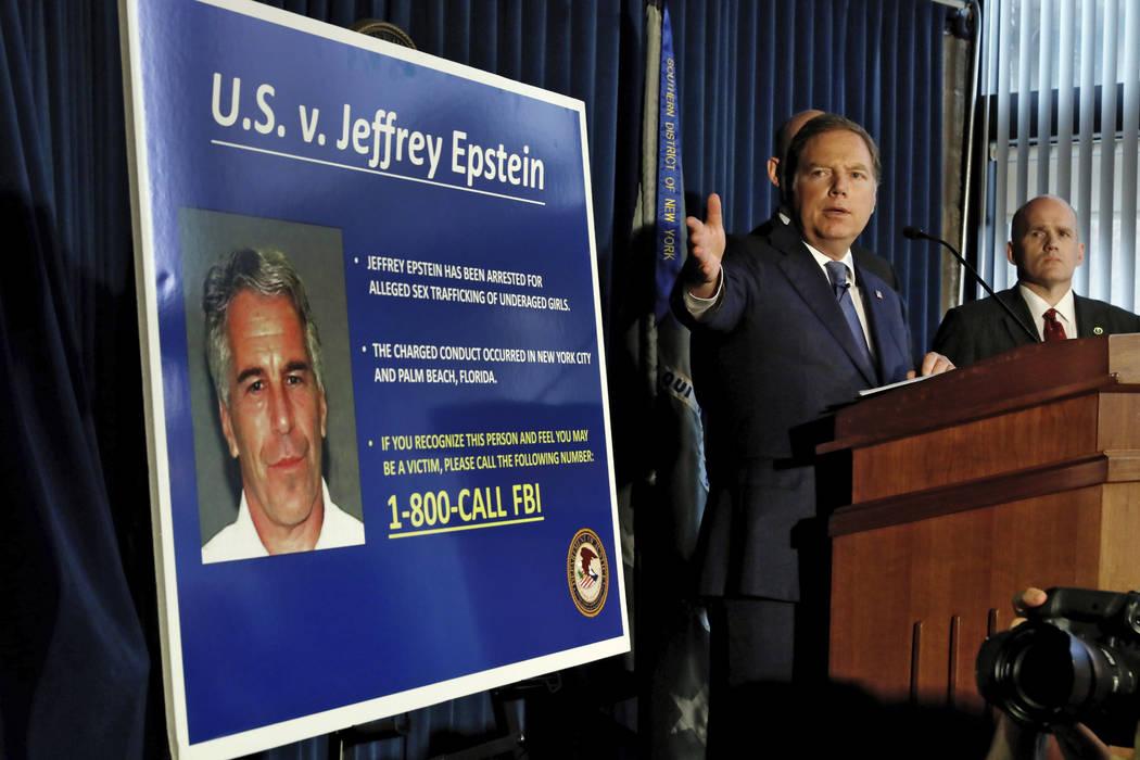 Geoffrey Berman, fiscal de los Estados Unidos para el Distrito Sur de Nueva York, habla durante ...