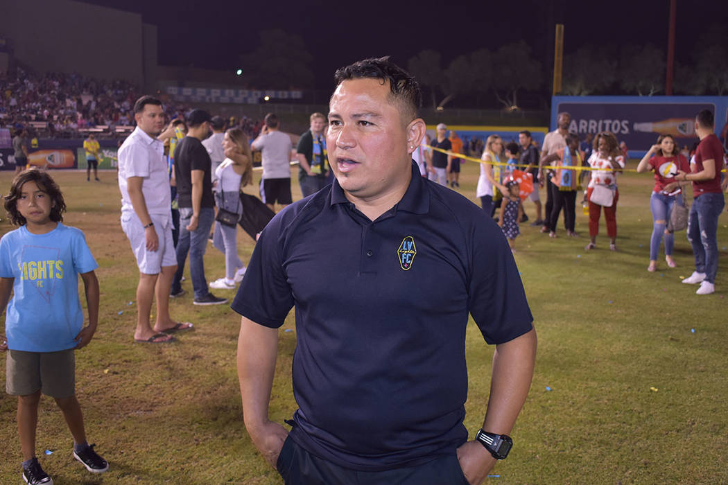 """Agustín """"Auggie"""" Rodríguez, asistente de Eric Wynalda en la dirección técnica del equip ..."""