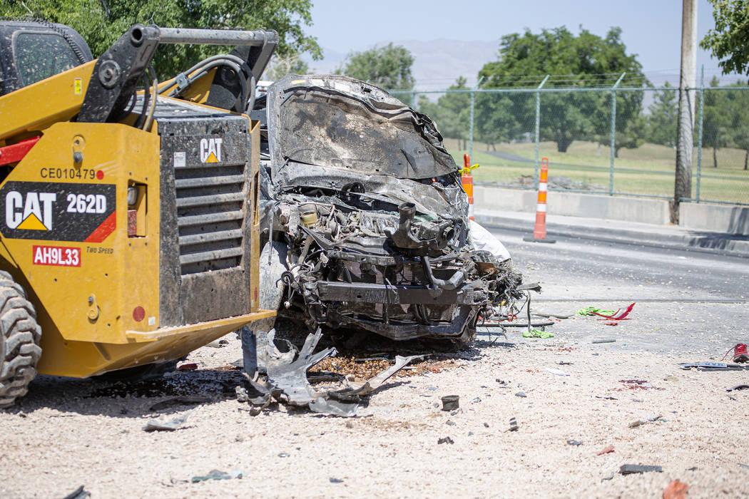 Escena de un accidente fatal en West Washington Avenue cerca de Decatur Boulevard el martes 9 d ...