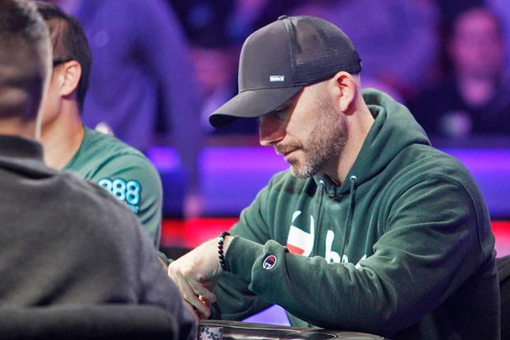 Garry Gates en la mesa final del evento principal durante la World Series of Poker en el hotel- ...