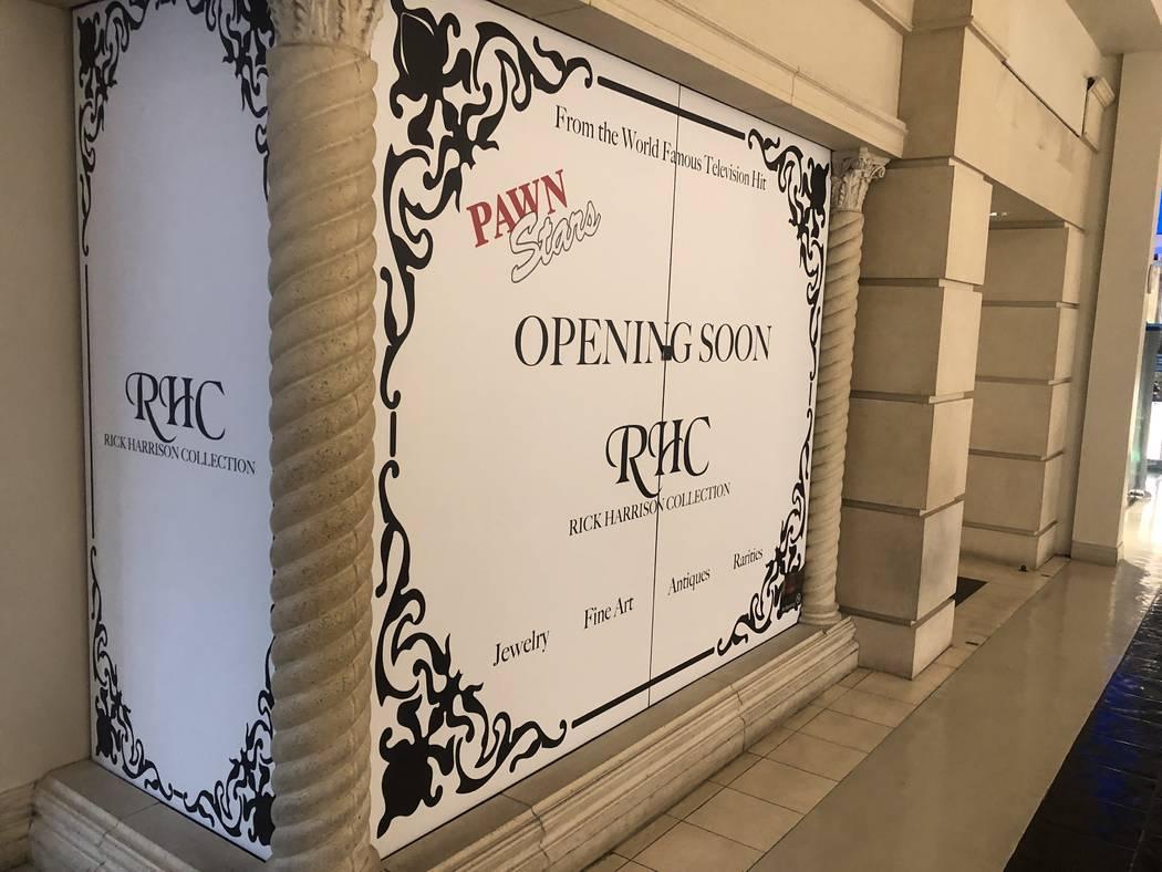 Una mirada a Rick's Collection en construcción en el Grand Canal Shoppes en el Venetian, opera ...