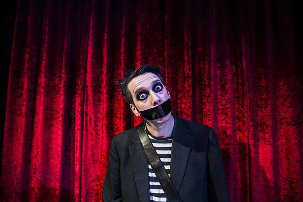 Sam Wills, también conocido como Tape Face, finalista de America's Got Talent Temporada 11, re ...