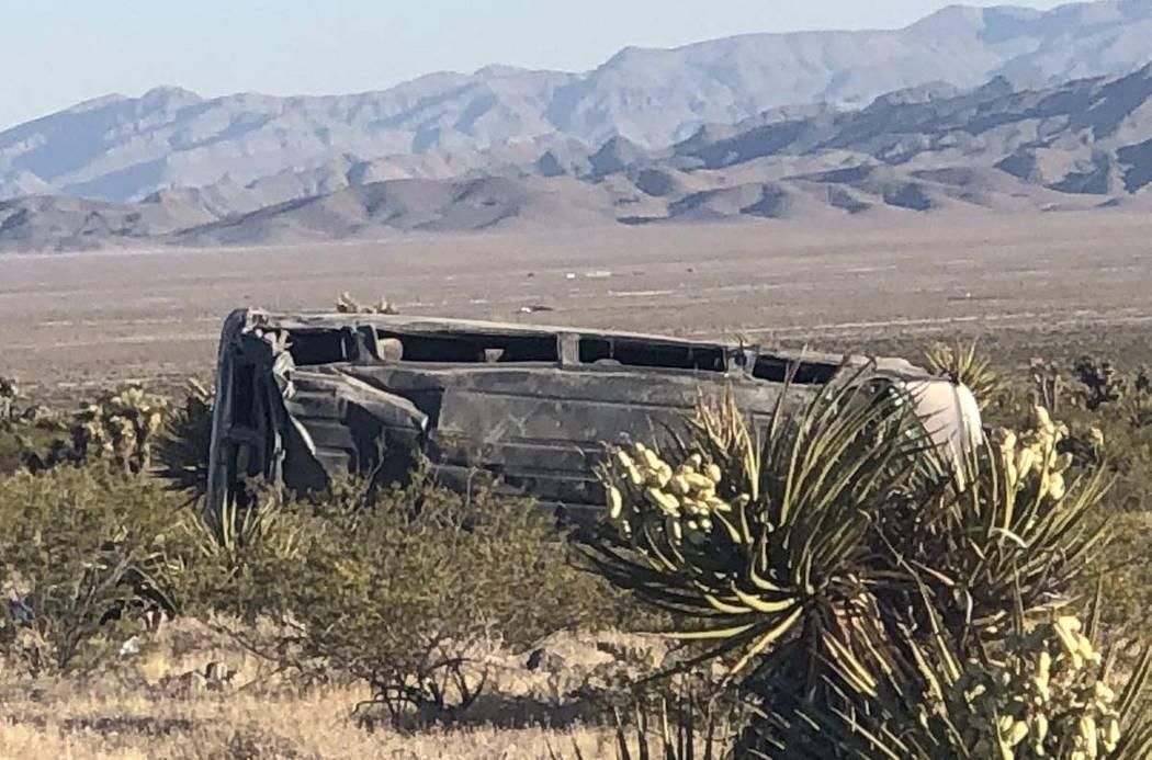 Un automovilista murió cuando lo que parece ser una furgoneta grande aparentemente perdió el ...