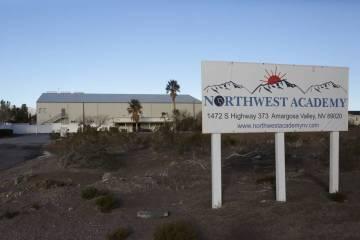 La entrada a Northwest Academy, un internado privado en el valle de Amargosa. (Michael Quine / ...