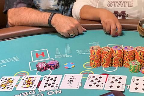 Una residente de Los Ángeles ganó $110 mil cuando ganó un premio progresivo en una mesa de p ...