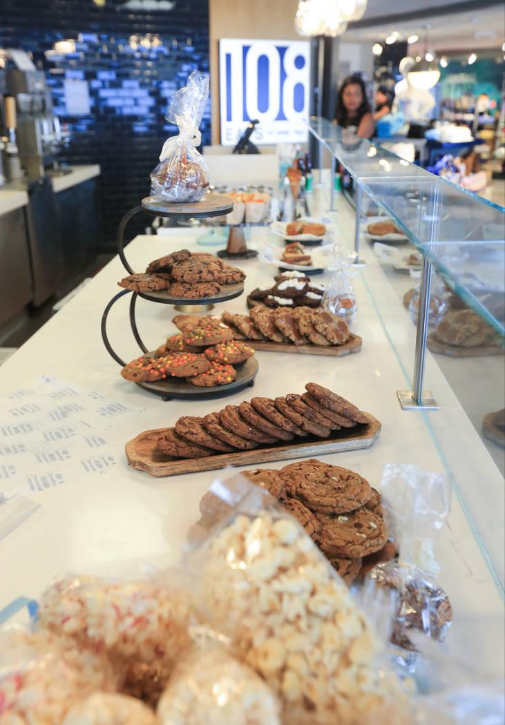 108 Eats es un nuevo café del chef James Trees que sirve galletas, helados y sándwiches en el ...