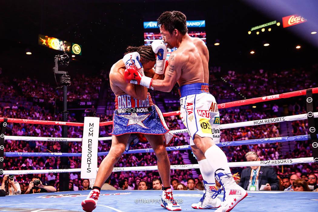 Manny Pacquiao y Keith Thurman ofrecieron una atractiva pelea por el Campeonato Mundial de Peso ...