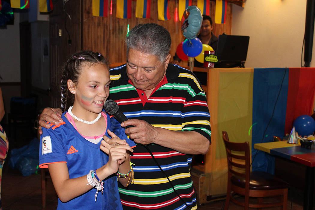 Pedro Jiménez, colombiano, describió el desfile militar en su país por la fecha. Sábado 20 ...