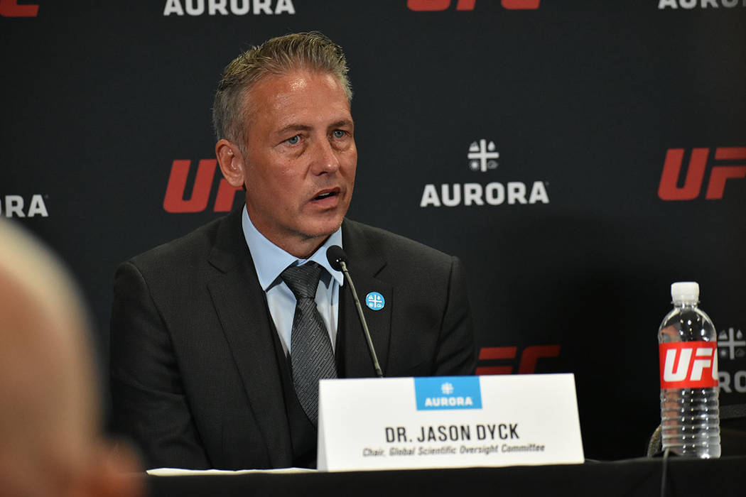El Dr. Jason Dyck es el responsable del Instituto de Rendimiento de UFC. Miércoles 24 de julio ...