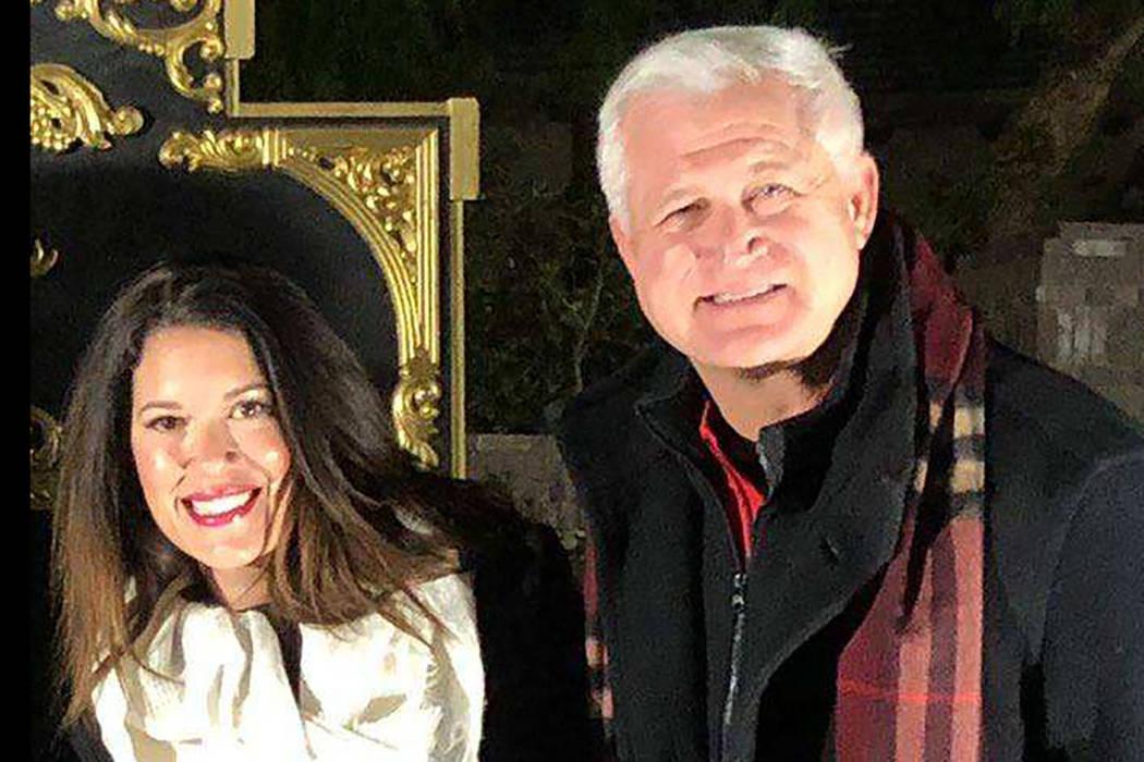 Marady Leary, a la izquierda, ex asesora del ex concejal de la ciudad de Las Vegas, Steve Serok ...
