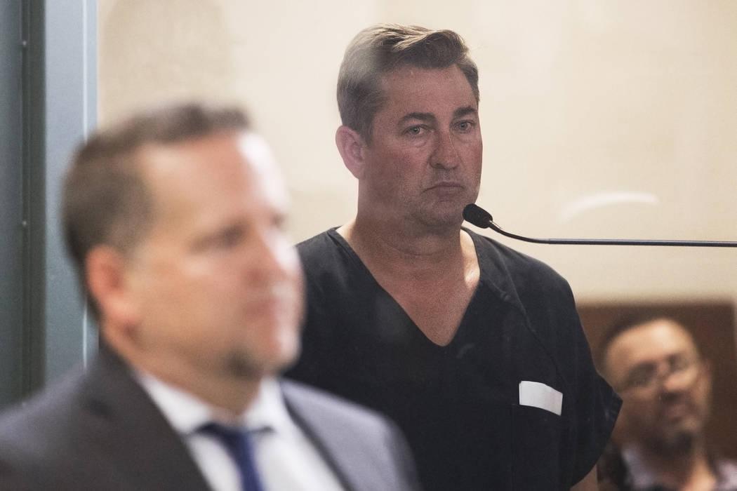 Scott Gragson hace su aparición inicial en el Centro Regional de Justicia después de que estu ...