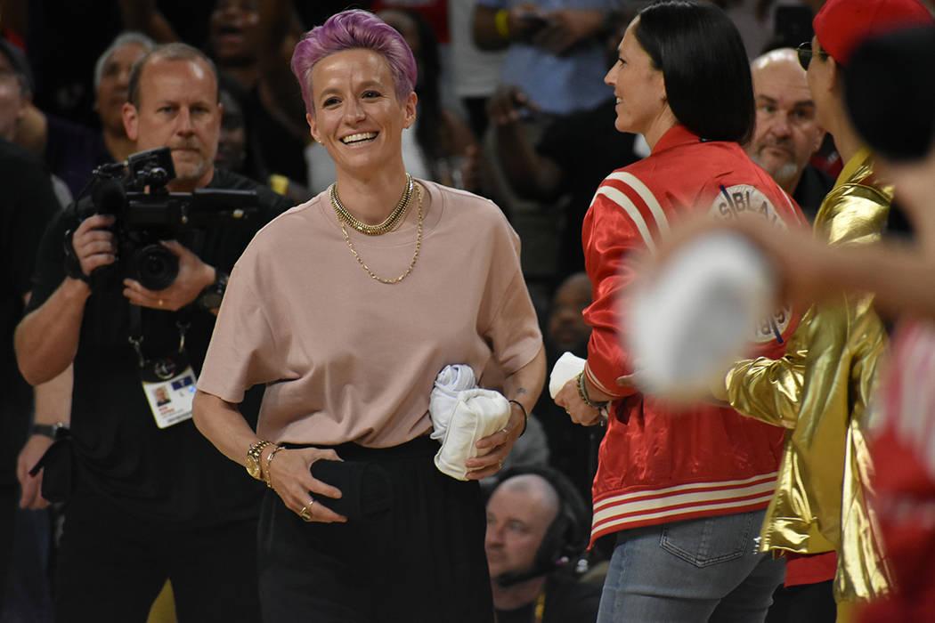 Megan Rapinoe, campeona del mundo con la Selección de Fútbol Femenina de EE.UU. estuvo presen ...