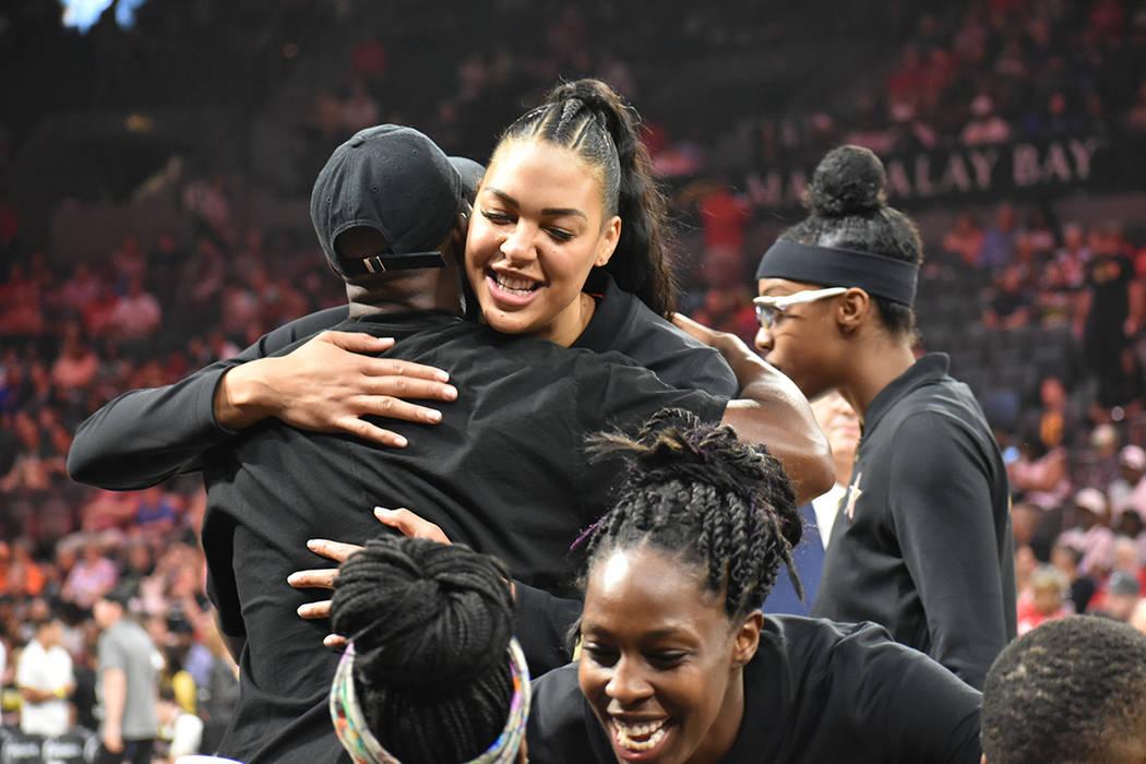 El Juego de Estrellas de la WNBA se desarrolló en un ambiente amigable. Sábado 27 de julio en ...