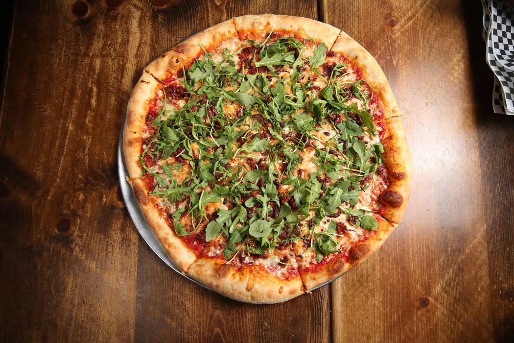 La pizza de saltamontes Canyon Hopper en Evel Pie en Las Vegas, martes 30 de julio de 2019. (Er ...
