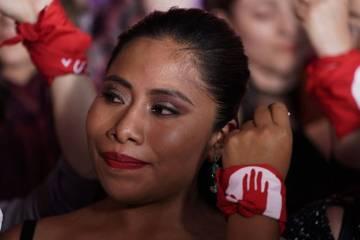 ARCHIVO. México, 24 Jun 2016 (Notimex-Adrián Rocha).- La actriz Yaritzia Aparicio portando el ...