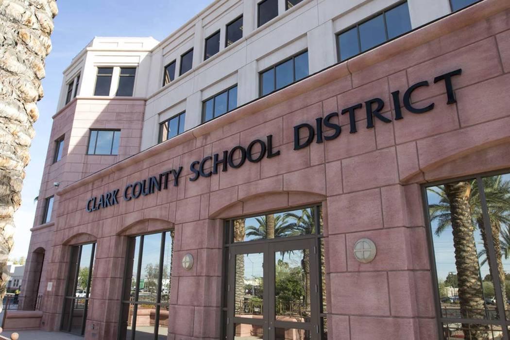 Edificio administrativo del Distrito Escolar del Condado de Clark en Las Vegas. (Richard Brian ...