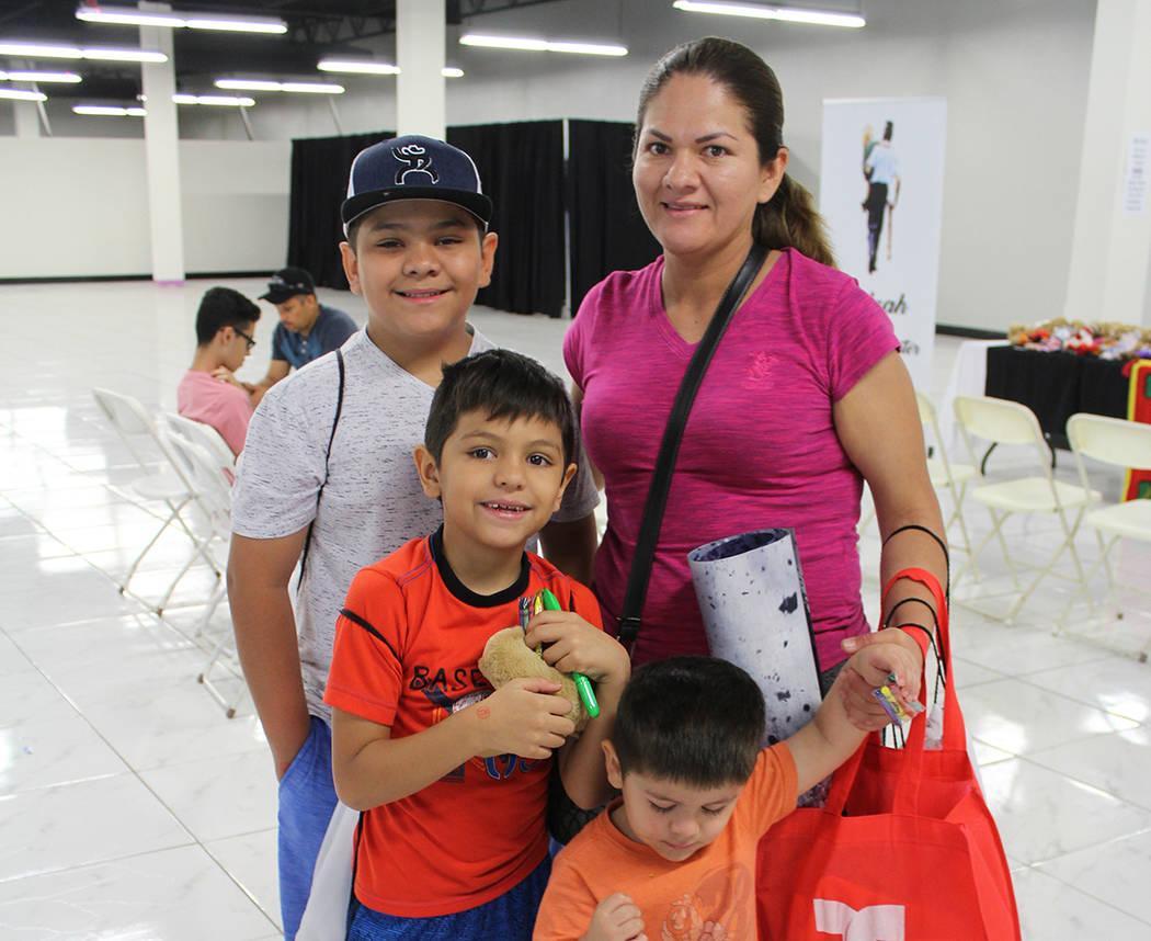 La familia Martínez, recién se mudaron a Las Vegas y encontraron los servicios que necesitaba ...