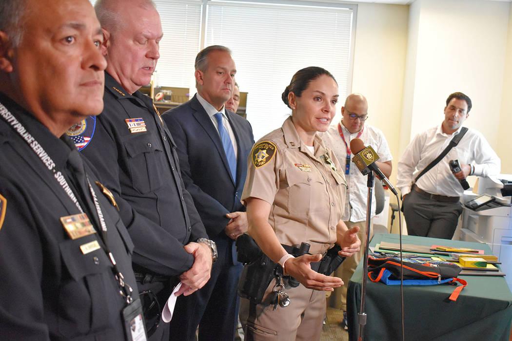 La capitana de LVMPD, Sasha Larkin; el superintendente del CCSD, Jesús Jara; y el vicepresiden ...