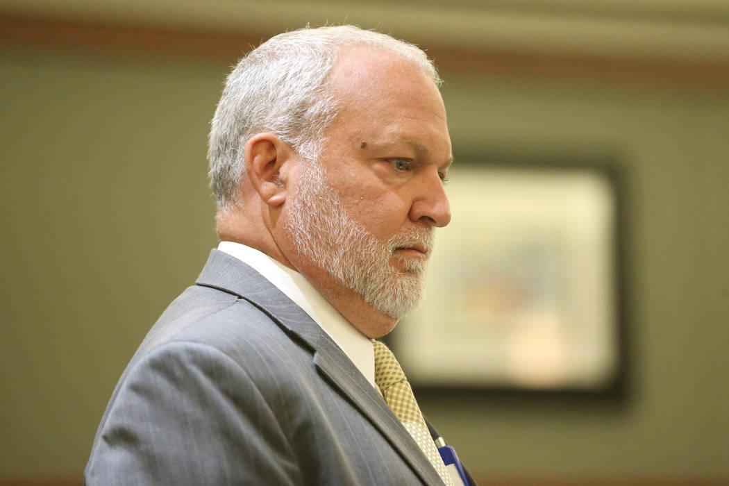 El jefe fiscal adjunto de distrito, Marc Digiacomo, escucha argumentos para el caso que involuc ...