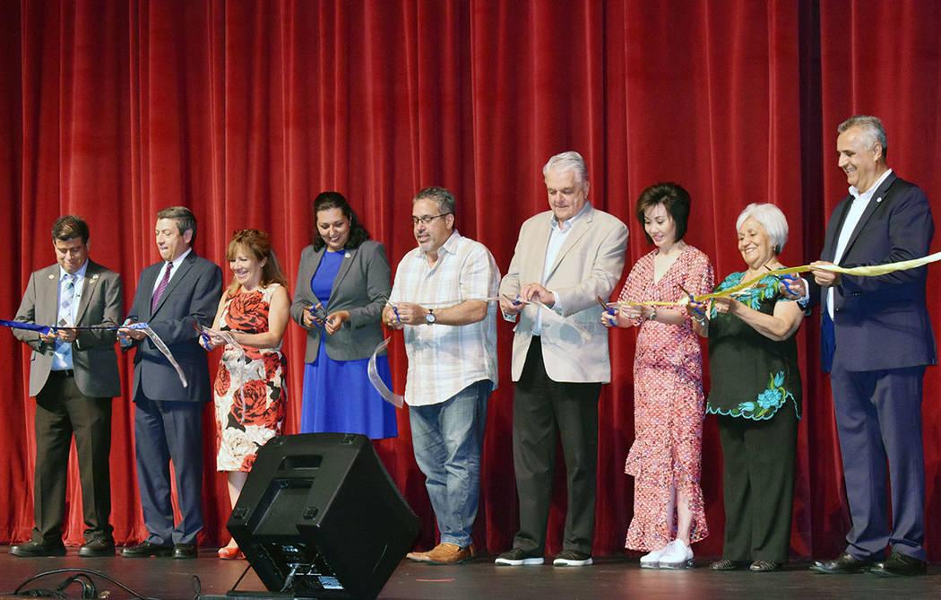 Funcionarios públicos y organizadores encabezaron la ceremonia de apertura de la edición 2019 ...