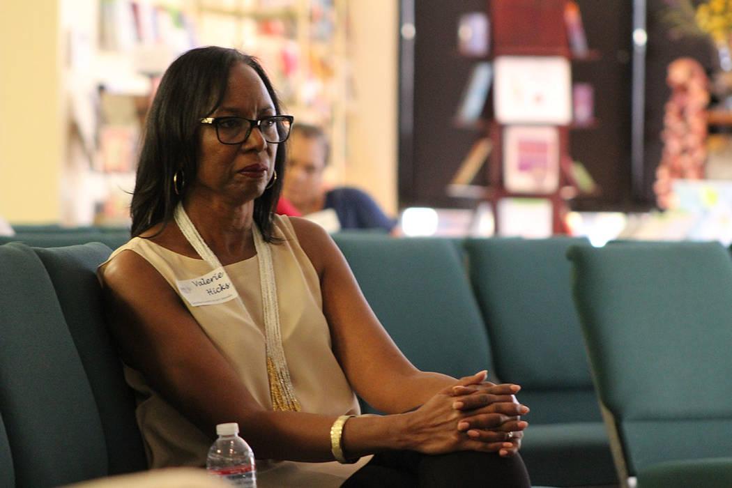 Valerie Hicks, directora ejecutiva de SAFY, desmintió mitos sobre la adopción temporal. Sába ...