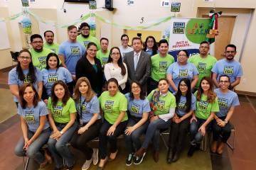 REACH opera el programa Ventanilla de Salud, que tiene su oficina en el Consulado de México en ...