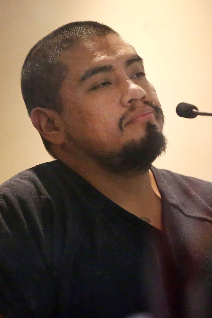 Antonio Antunez, acusado de hacer amenazas terroristas, aparece por su comparecencia inicial an ...