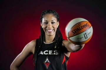 Archivo.- La jugadora de Las Vegas Aces, A'ja Wilson, durante el día de los medios el lunes 13 ...