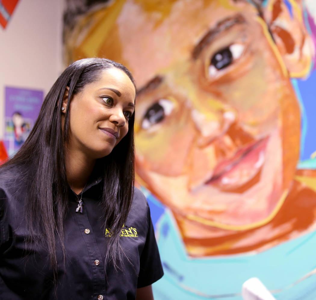 Lindsey LiCari, quien donó las córneas de su hijo Ayden de 3 años después de morir de cánc ...
