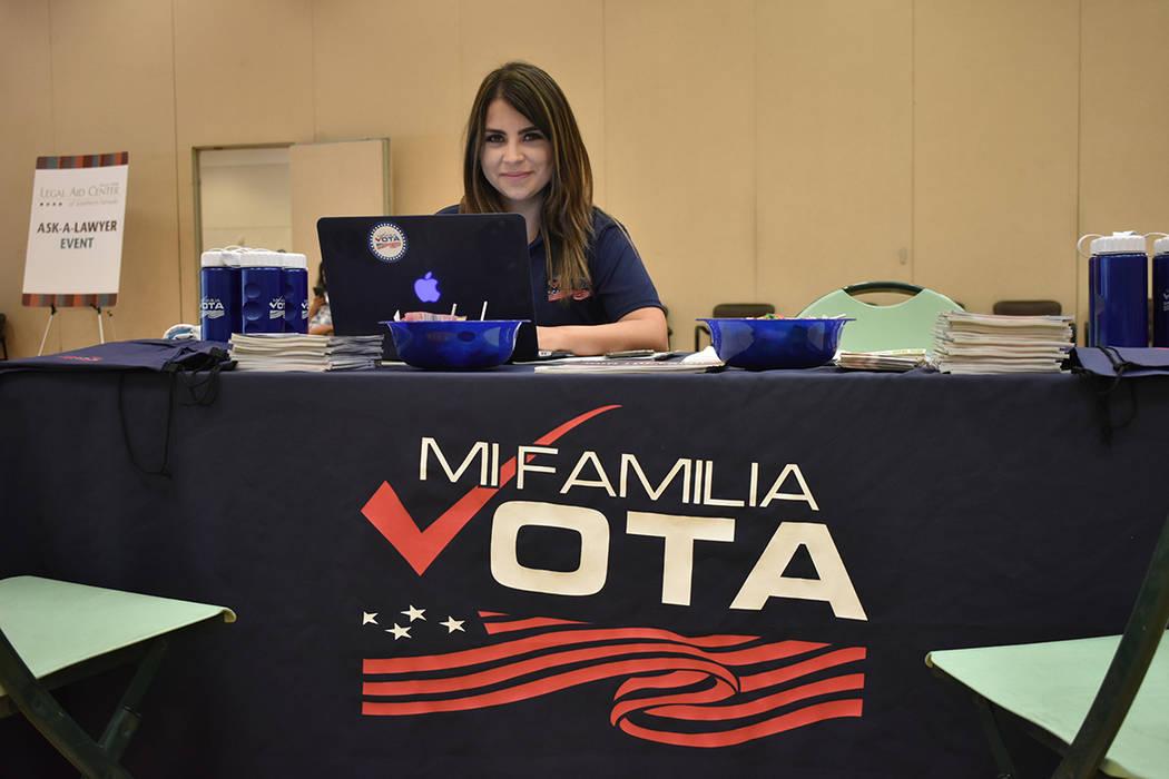 La directora estatal de Mi Familia Vota, Cecia Alvarado, brindó información sobre la campaña ...