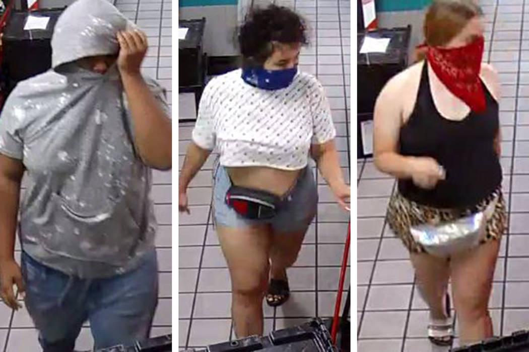 Se busca a estas tres personas a causa de un intento de robo que ocurrió el viernes, 28 de jun ...