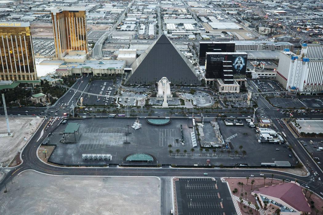 Los terrenos del festival Las Vegas Village, lugar de la masacre del festival Route 91 Harvest ...