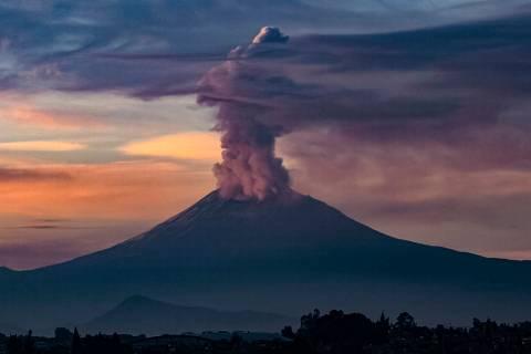 ARCHIVO. México 13 Ago 2019 (Notimex-Isaías Hernández).- Esta mañana el volcán Popocatép ...
