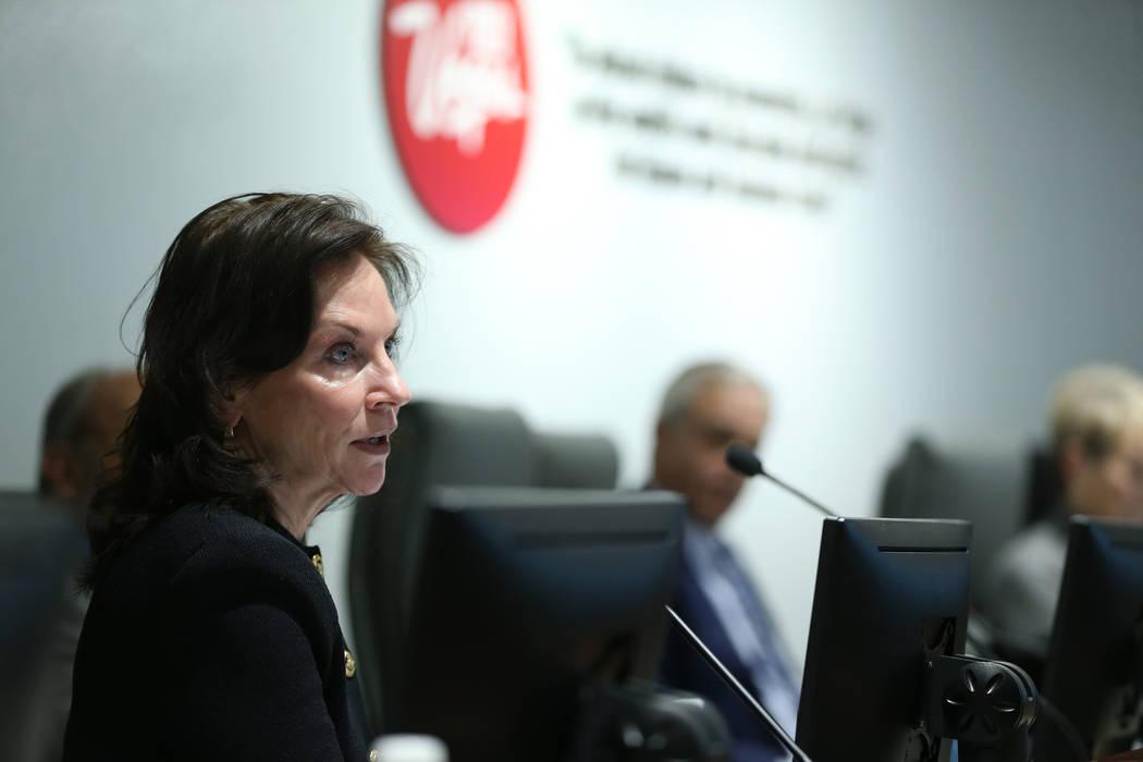 Mary Beth Sewald, miembro de la junta de la Autoridad de Convenciones y Visitantes de Las Vegas ...