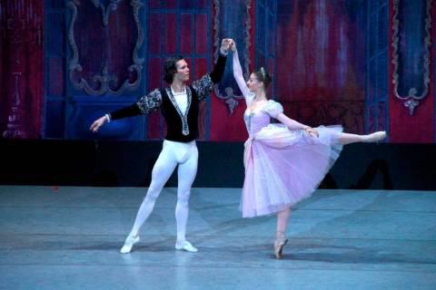 """La """"Cenicienta"""" del Ballet Nacional Ruso. Alexander Daev"""