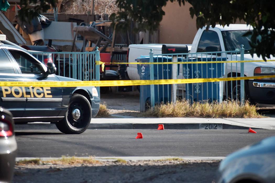 La zona del tiroteo fue acordonada por las autoridades. Un joven resultó heridpo en el brazo l ...