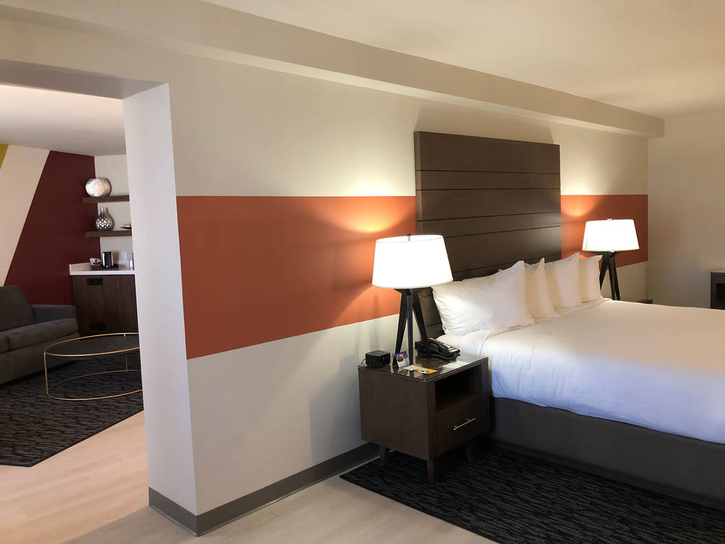 Una suite Luxe recientemente renovada dentro del hotel Plaza. (Plaza)
