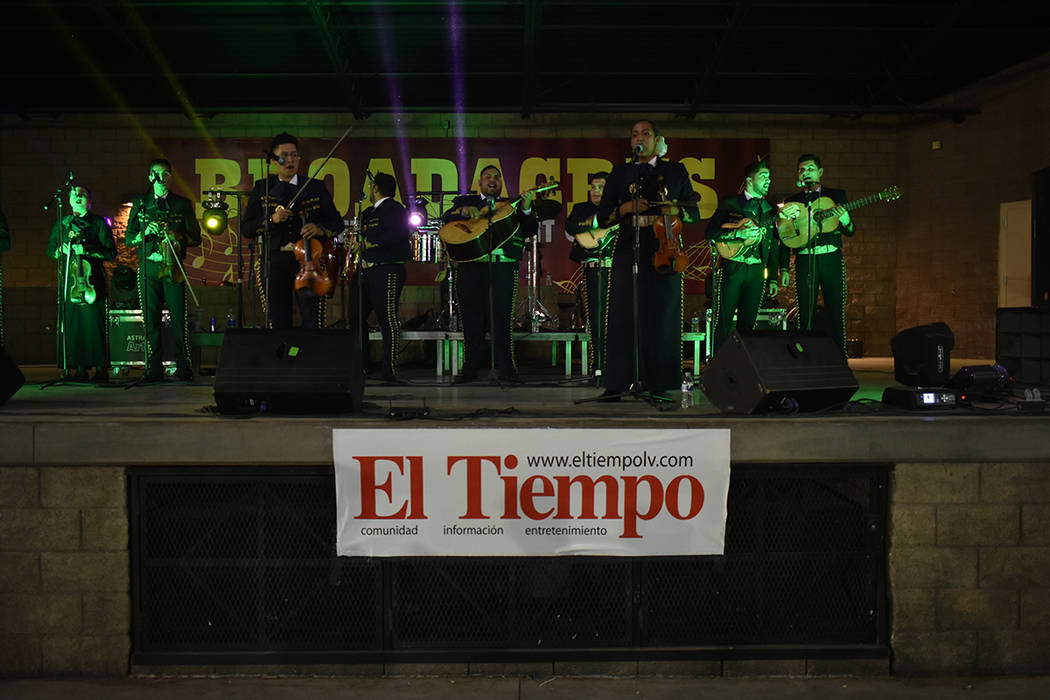 El Mariachi Herencia de Las Vegas no podía faltar en esta celebración. Viernes 13 de septiemb ...