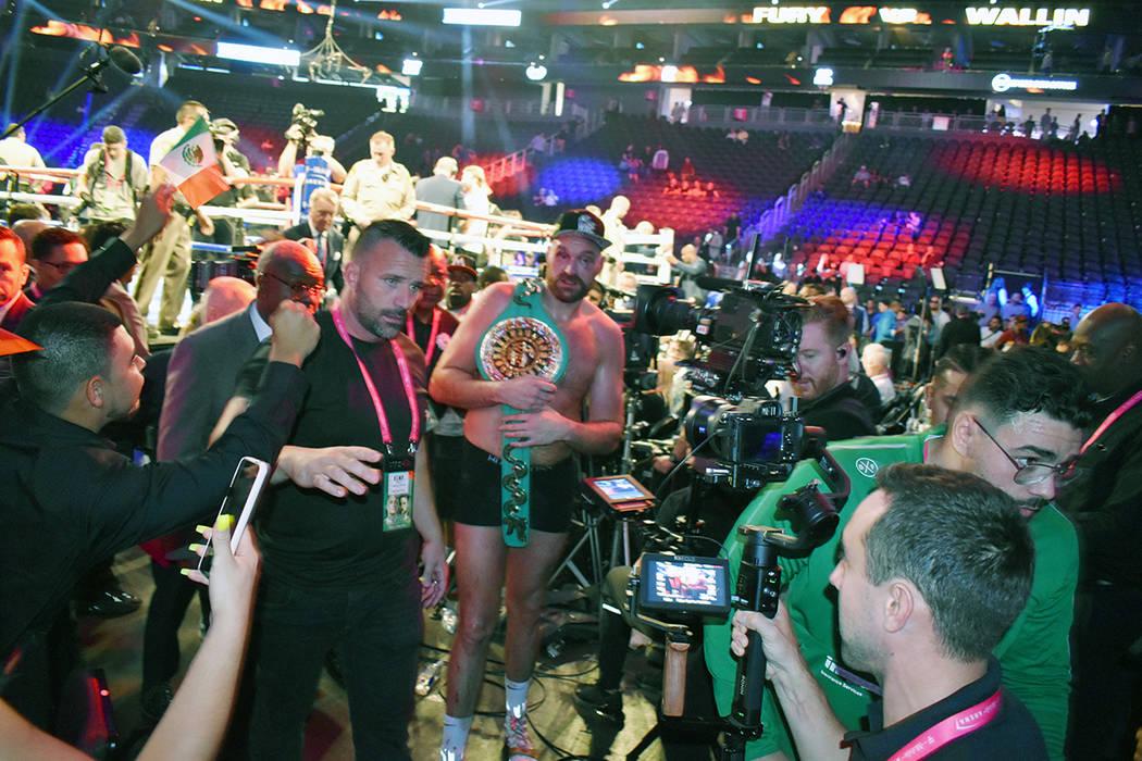 El británico Tyson Fury dejó en claro que su próximo objetivo es el estadounidense Deontay W ...