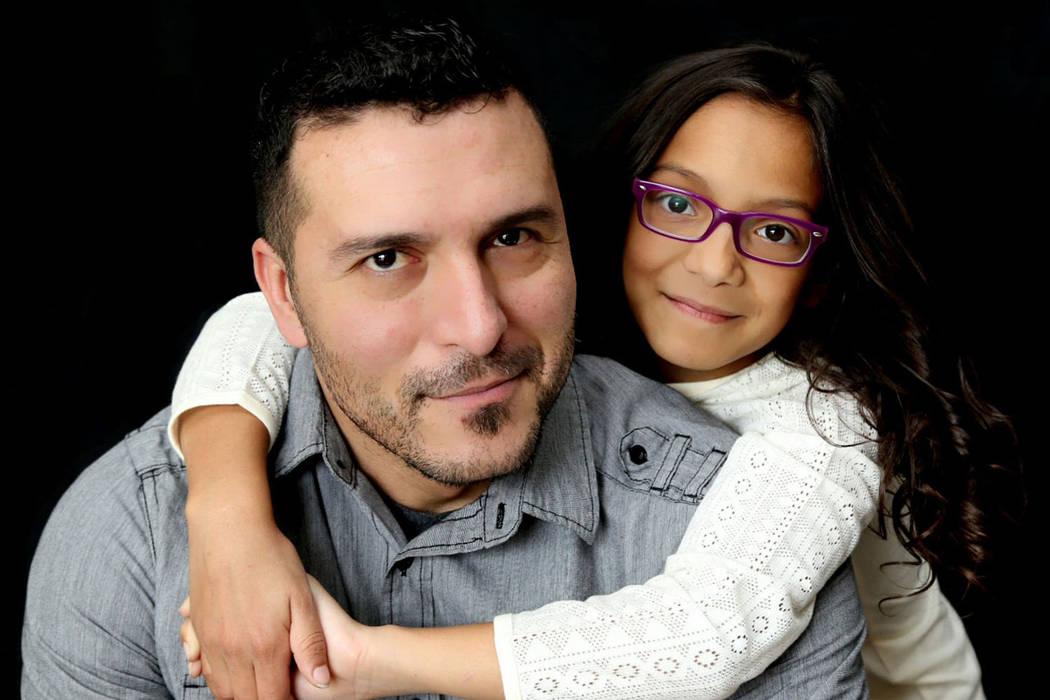 Mark y Monet García, en una foto familiar sin fecha. (Familia García)