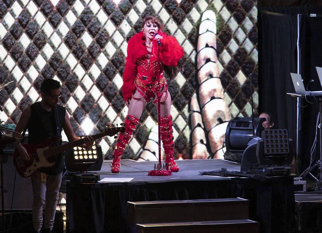 Alejandra Guzmán realizó un concierto muy ameno en Las Vegas. Domingo 15 de septiembre, en la ...