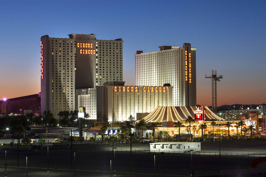 MGM Resorts International está en conversaciones para vender Circus Circus al propietario de T ...